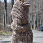 Необычная новинка - снуд из мохера, который заменит пальто или свитер