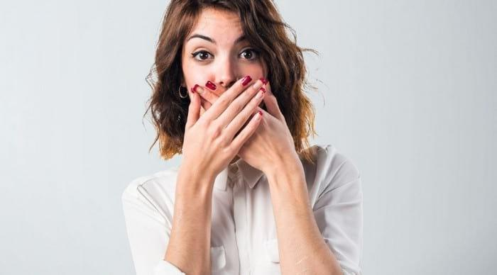 Как быстро избавиться от запаха чеснока изо рта в домашних условиях