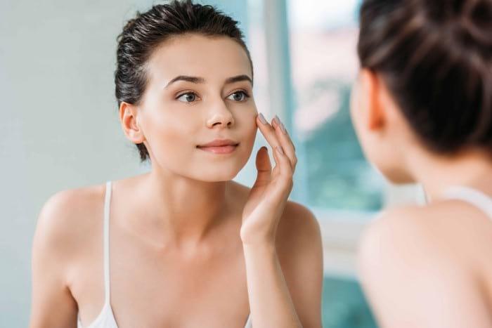 Как правильно ухаживать за кожей лица ежедневно?
