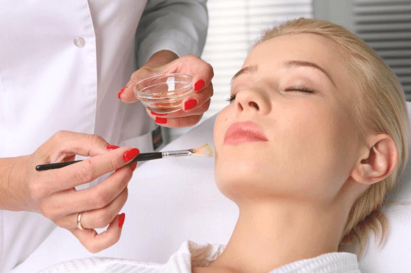 Как выровнять тон кожи лица: проверенные и эффективные методы