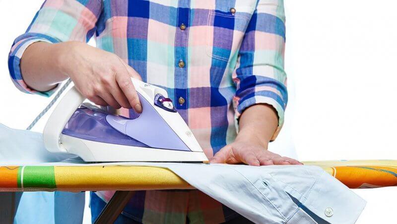 Как правильно погладить рубашку: советы хозяйкам