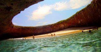 Топ 20 невероятных пляжей, где можно круто отдохнуть