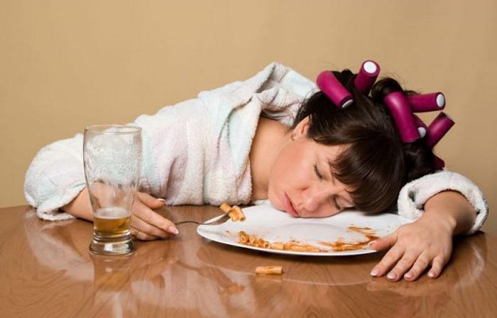 сон после переедания