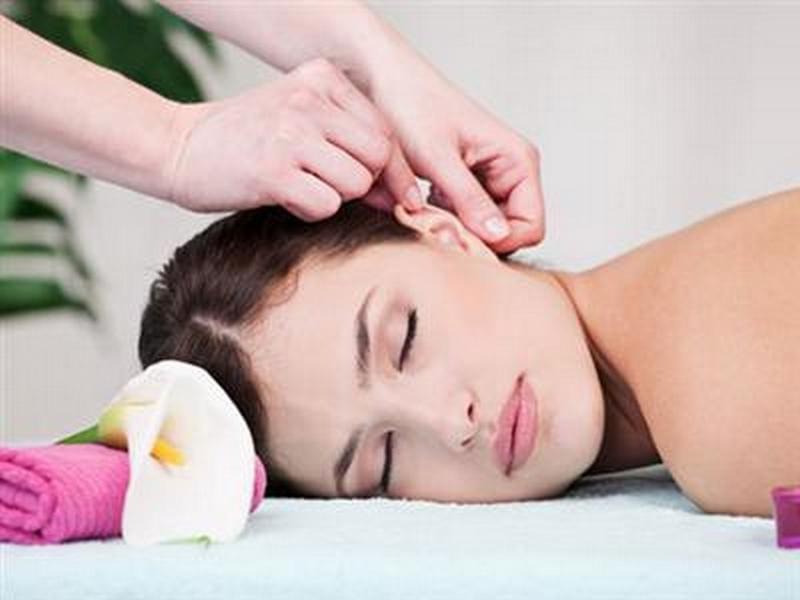 Как делать массаж ушей в домашних условиях