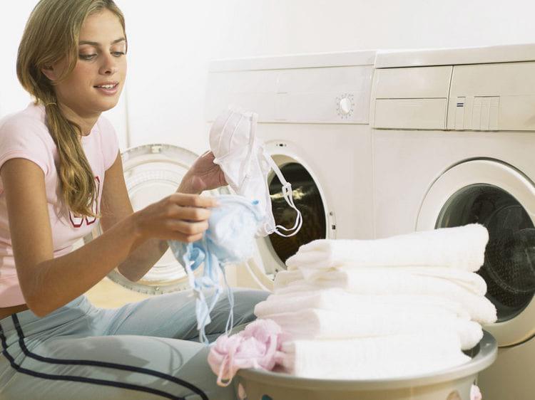 Как отбелить бюстгальтер в домашних условиях