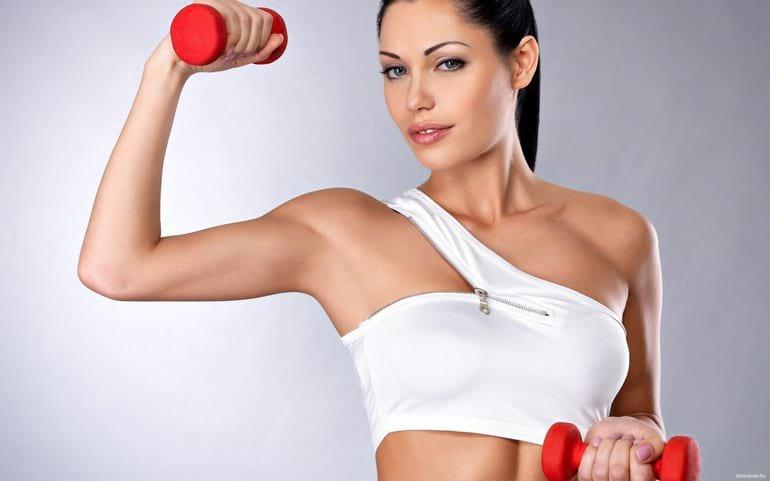 Как убрать жир с подмышек: диеты и эффективные упражнения