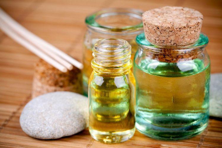 лечение камфорным маслом