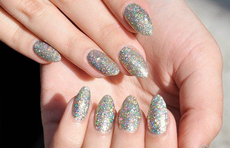 Ногти с блестками