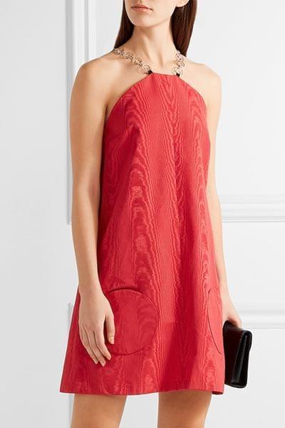 маленькое красное платье
