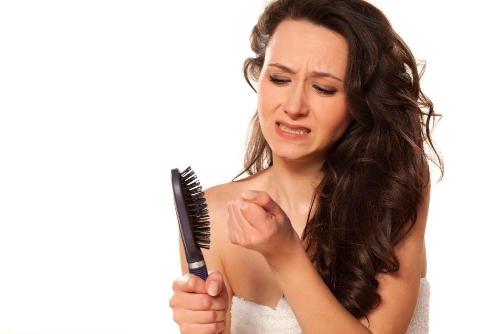 Выпадение волосы у женщин