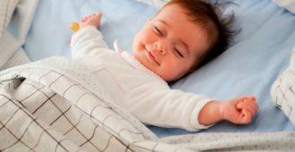 как научиться мало спать и высыпаться
