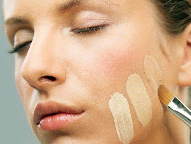 Тональный крем для жирной кожи не должен содержатьпальмитиновую кислоту