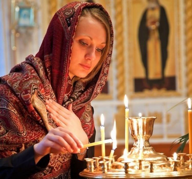 Как зажигать свечу
