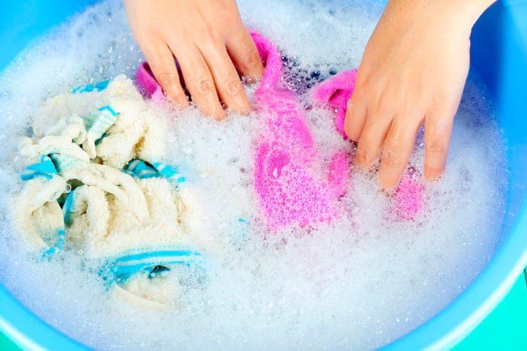 Стирка белья мылом