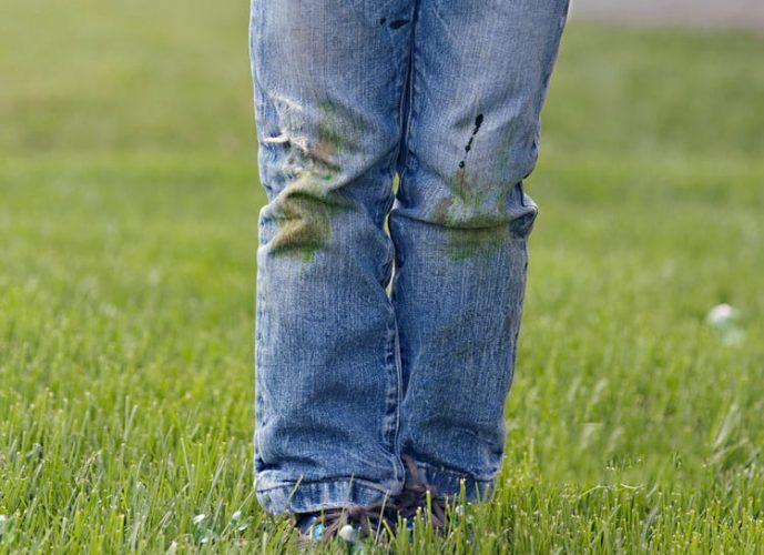 Как отстирать джинсы от травы