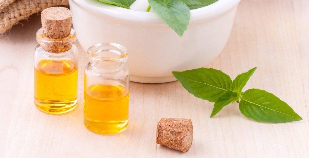 Касторовое масло: полезные свойства, применение