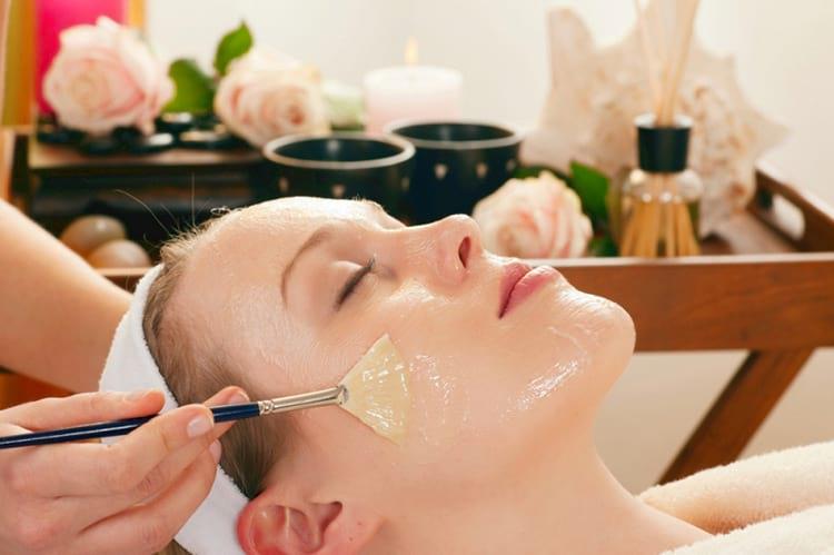 Как использовать глицерин с витамином Е для ухода за кожей лица
