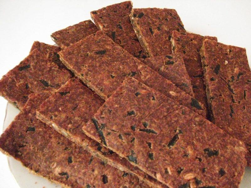 Сыроедные хлебцы: рецепт с фото пошагово