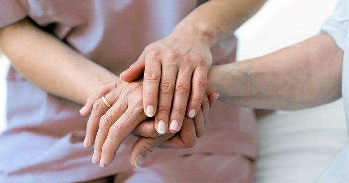 Онемение в пальцах или кисти правой руки