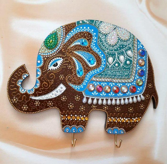 талисманом является слон
