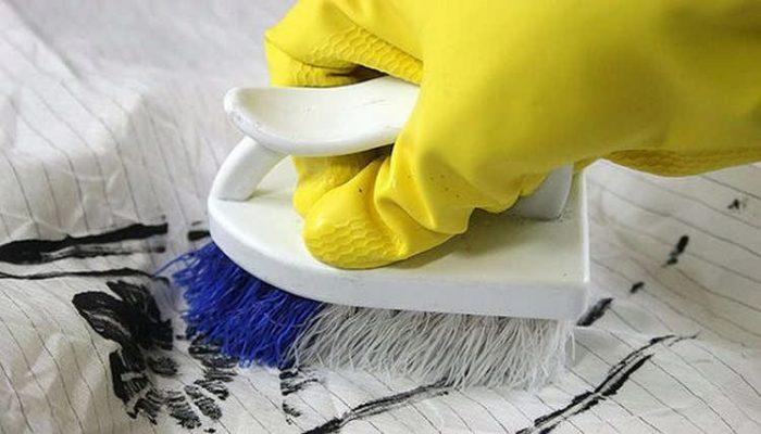 Чем отстирать чернила от ручки в домашних условиях